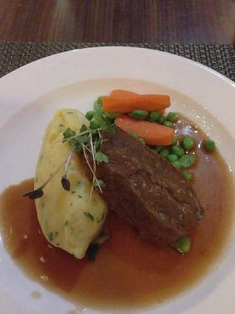 The Principal London : slow cooked beef - delicious!