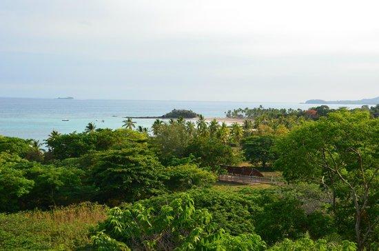 La Casa Flops : View on Andilana beach