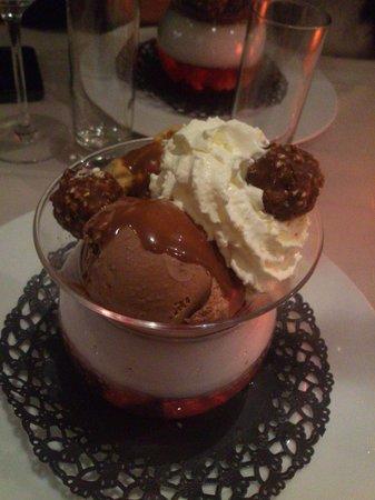 Bacio Divino : La glace au Ferrero!