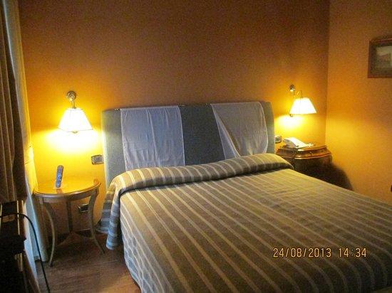 Palazzo Turchini: Cama confortável