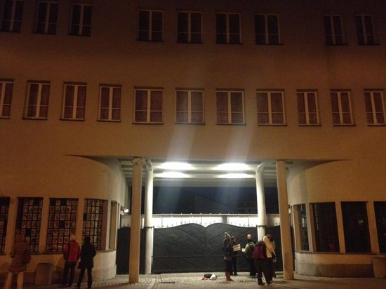 Krakow Free Walking Tour: Schindlers factory