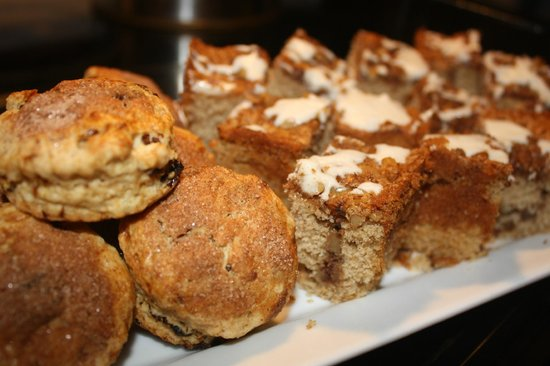 Ceiba Country Inn: Assorted home made baked goods
