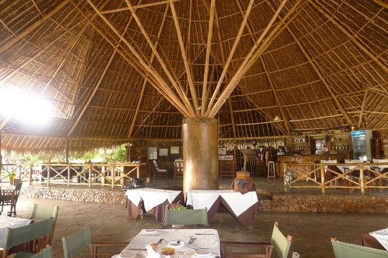 Kiboko Camp: Restaurant & Bat Boutique