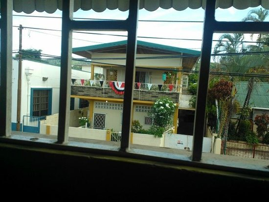 Thanna's Place: view from dinning area