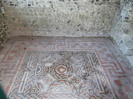 Romano-British House: Mosaic floor