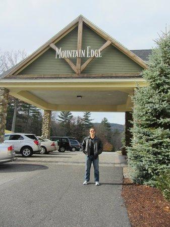 Mountain Edge Resort & Spa at Sunapee : Entrada do Hotel