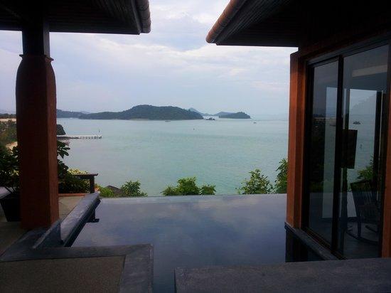 Sri Panwa Phuket : View entering villa