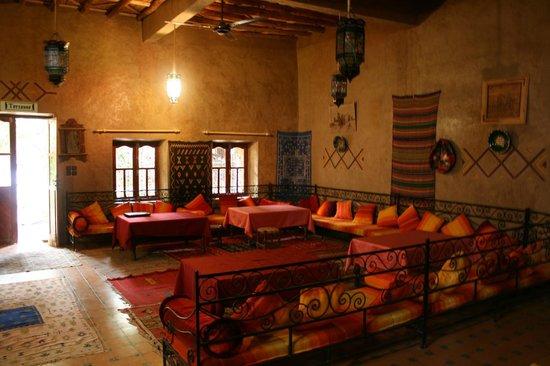 Guest House Merzouga : Salon commun