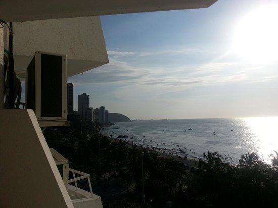 Hotel be La Sierra : Evening view