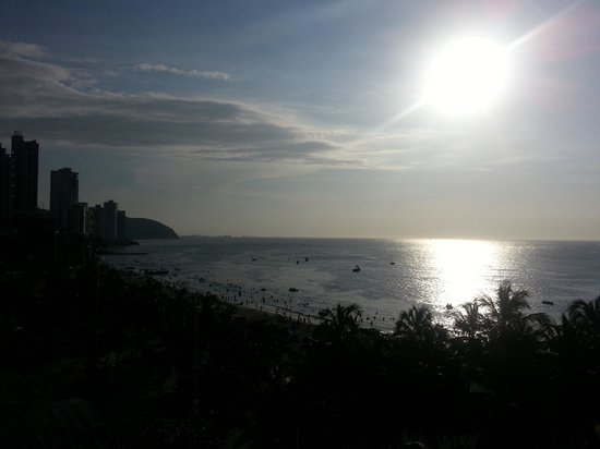 Hotel be La Sierra : Afternoon view