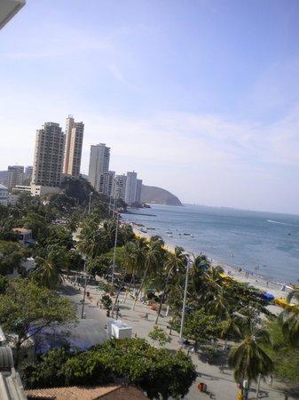 Hotel be La Sierra: Afternoon view