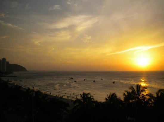 Hotel be La Sierra: Sunset