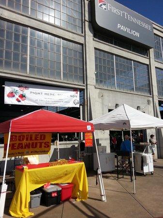 Chattanooga Market : BOILED PEANUTS