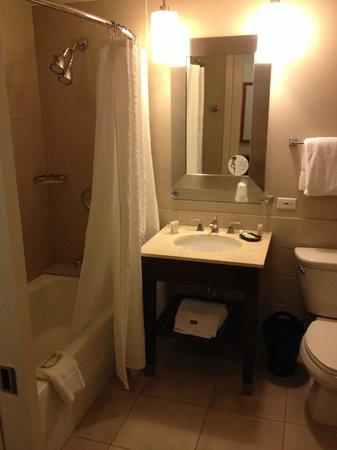 The Westin Pasadena : bathroom