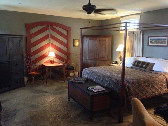 The Inn at Hermannhof : Heaven's Orchard bedroom