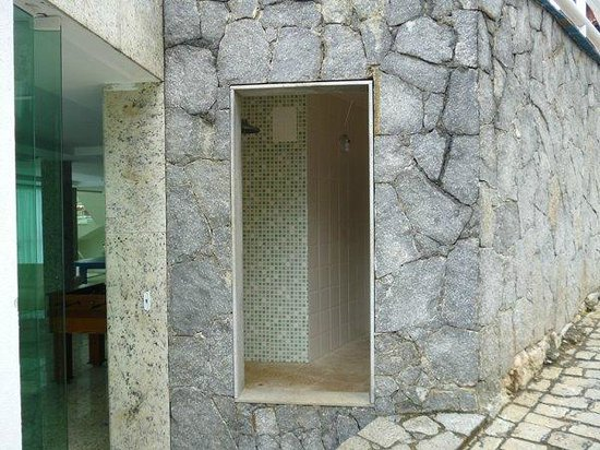 Hotel Pousada Experience Joao Fernandes: Entrada al sauna