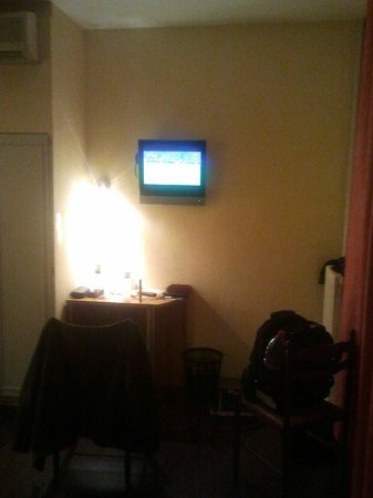 Brit Hotel Macon Centre Gare: Votre équipement audiovisuel :-)
