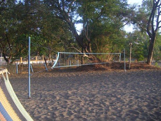 Puesta del Sol: Terrain de Volley / centre communautaire
