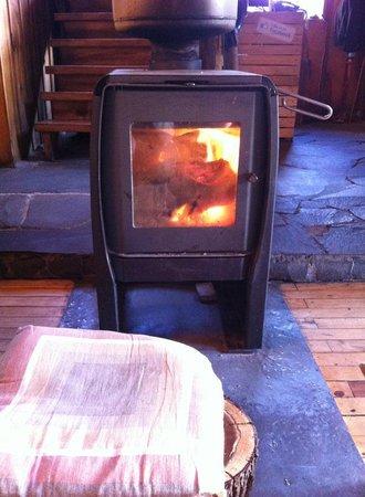 Hostal El Refugio : the fireplace