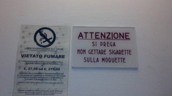 Hotel Mirage: no smoking