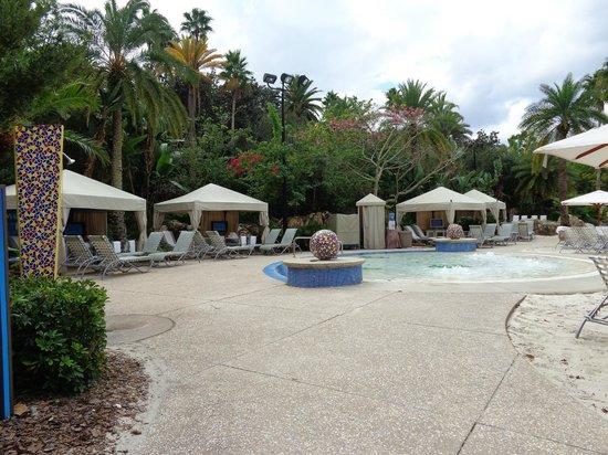 Hard Rock Hotel at Universal Orlando: Pool and Cabanas