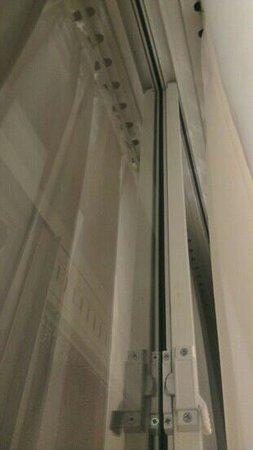 Mercure Manchester Piccadilly Hotel: оставление как на лоджии