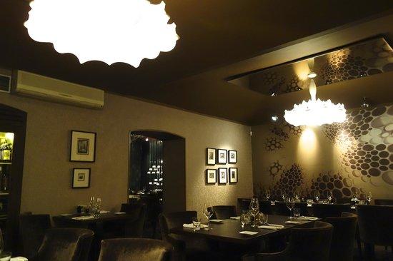 V Zatisi : Eclectic decor!
