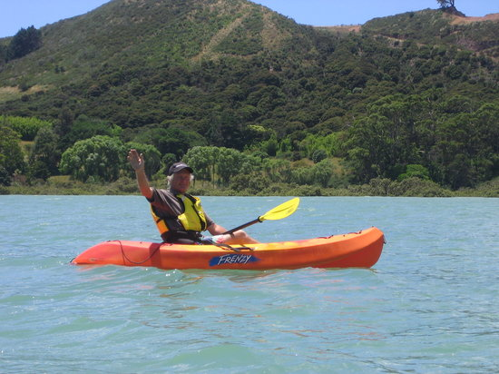 Inlet Villas: Kayaking in the Bay.