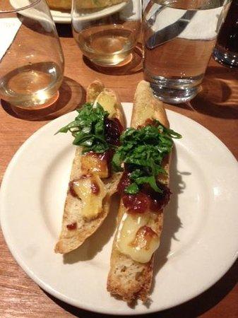 Arts Riot: Brie, plum chutney, arugala crostini
