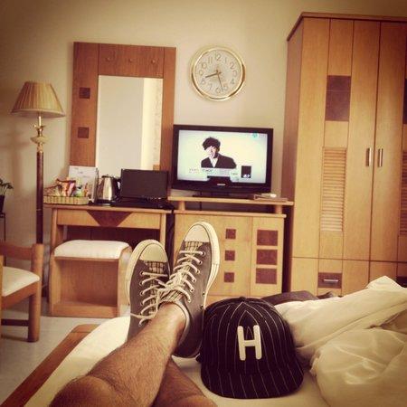 Kelly Hotel: Пытаюсь отдохнуть