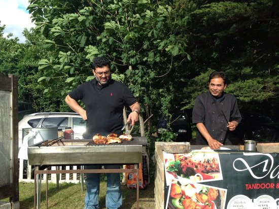 Dar's: Outside catering BBQ
