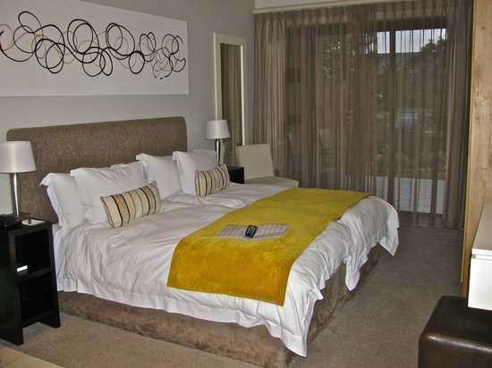 Premier Resort The Moorings (Knysna): Our very nice bed