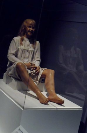 Museum of the Moving Image : exorist doll