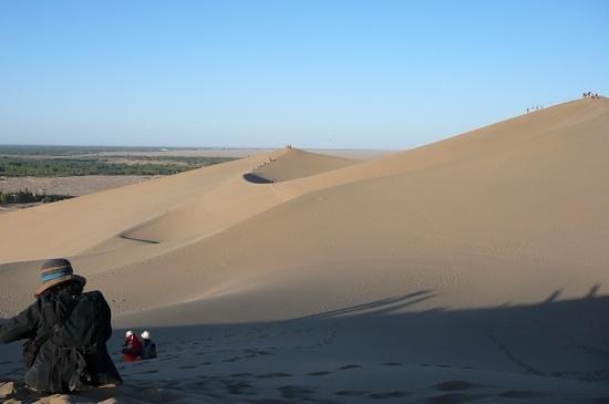 Mingsha Shan (Echo Sand Mountain) Park, Dunhuang, China: 鳴沙山観光