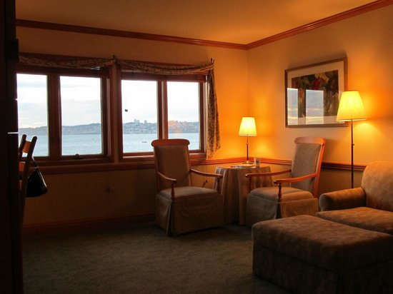 Semiahmoo Golf & Country Club: Water front room