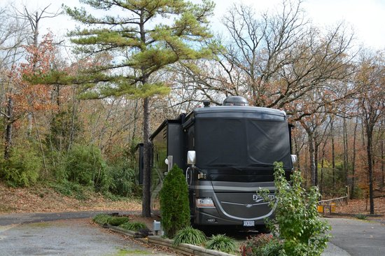 Hot Springs National Park KOA : Space for Big Rigs