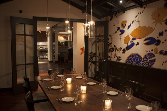 Blue wave private dining room picture of minami for Best private dining rooms vancouver