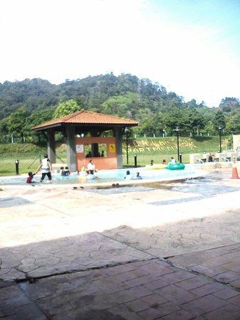Bukit Merah Laketown Resort: Kolam Mandi Kanak kanak