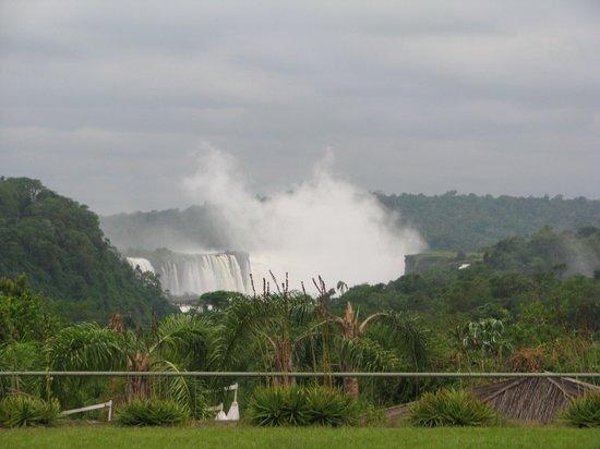 Melia Iguazu : View of Falls from hotel