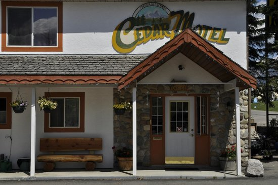 Photo of Cedar Motel Radium Hot Springs