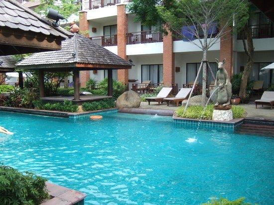 Woodlands Hotel & Resort: pool