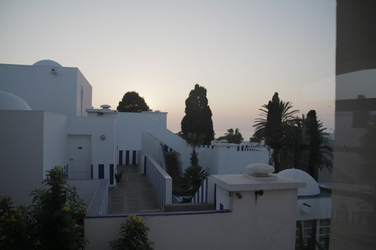 Tagadirt Hotel: Lobby View