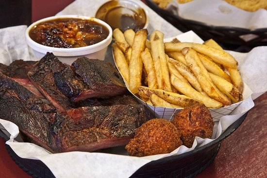 Mr. Whiskers: BBQ Ribs