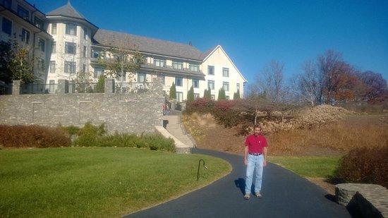 The Inn on Biltmore Estate: Outside the Inn