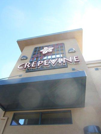Crepevine: Nice brunch spot!