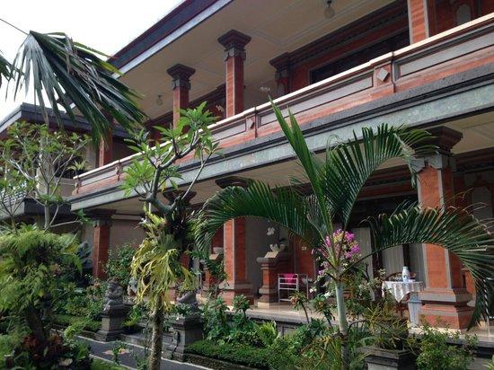Tanah Semujan Ubud: 手入れの行き届いた敷地