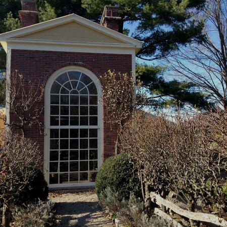 Boscobel House & Gardens : Greenhouse and Garden