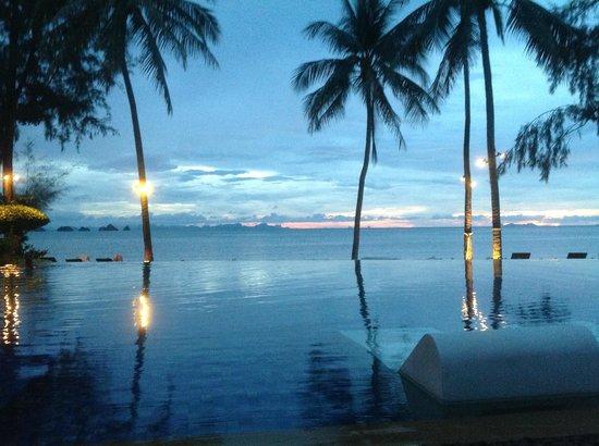 Baan Kilee Villa : Sunset