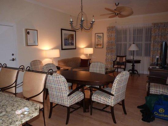 Wild Dunes Resort : Living room of suite
