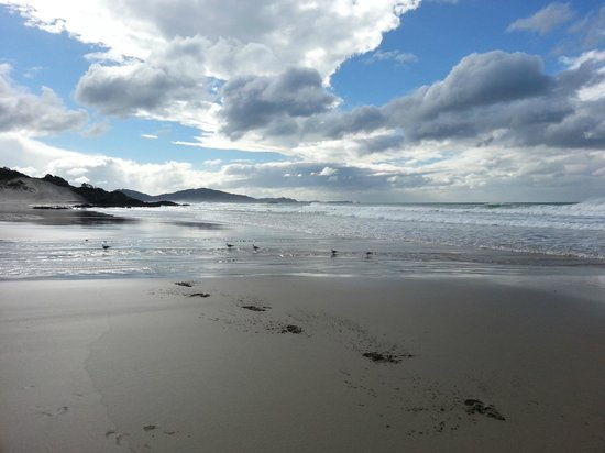 Brantome Villa : Ocean Beach, 40mins drive